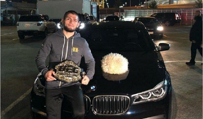 Боец Нурмагомедов угрожал разбить машину президенту UFC Уайту