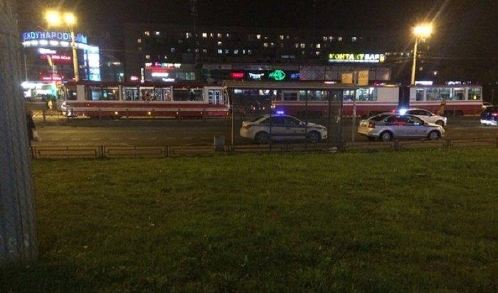 ВСанкт-Петербурге обстреляли два трамвая