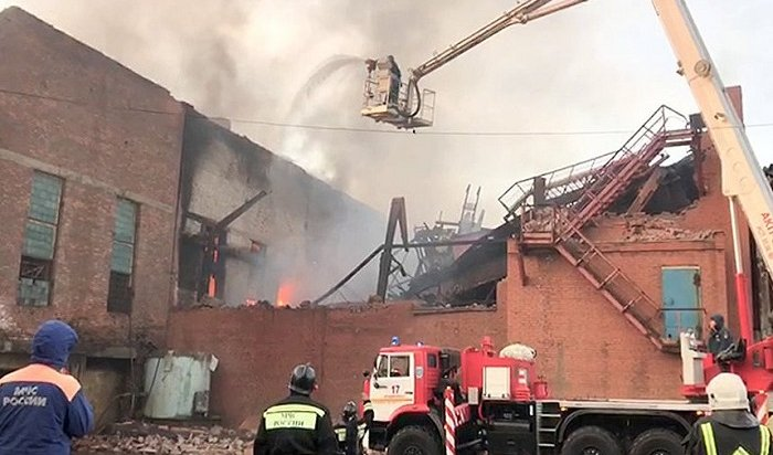 ВоВладикавказе горит завод «Электроцинк» (Видео)