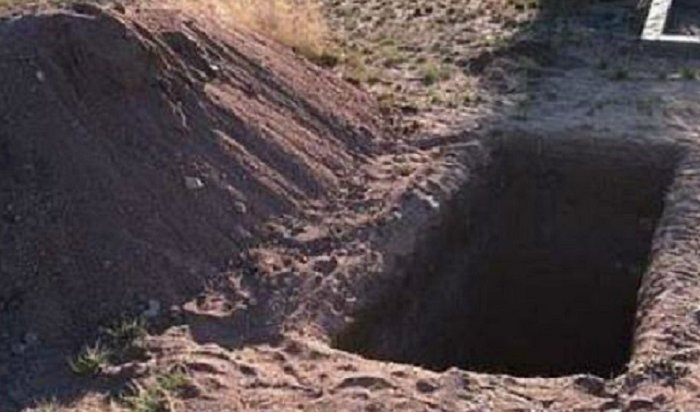 ВБашкирии дочь после похорон выкопала тело матери (Видео)