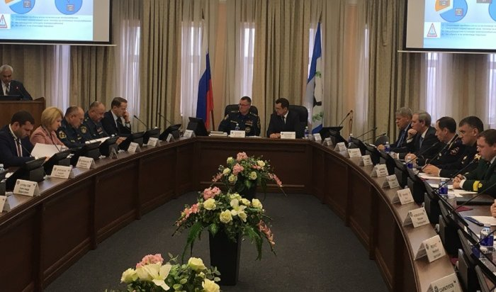 Совещание под руководством главы МЧС России прошло вИркутске