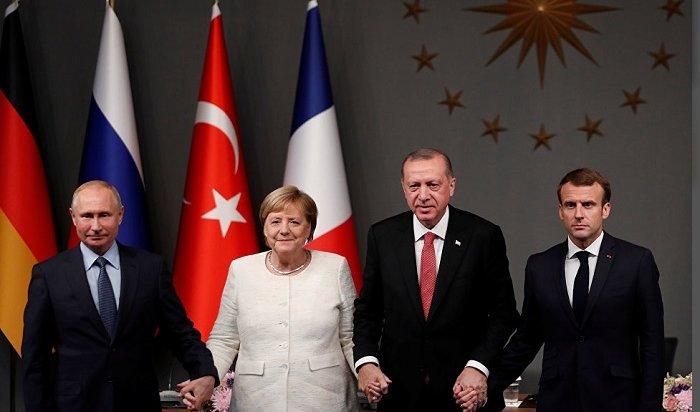 Build раскритиковал Меркель за«излишнее дружелюбие кПутину»