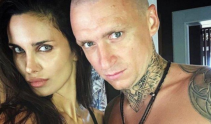 Хакеры слили всеть интимные фото ивидео футболиста Мамаева иего жены