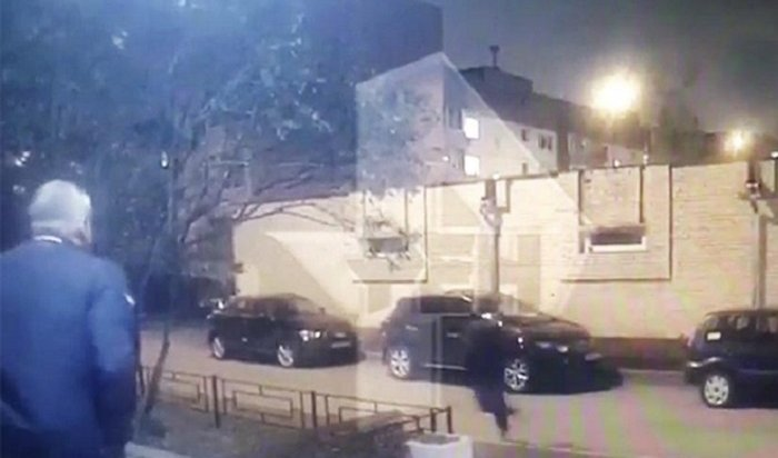 Нападение наглаву аппарата префектуры Северо-Западного административного округа Москвы попало навидео