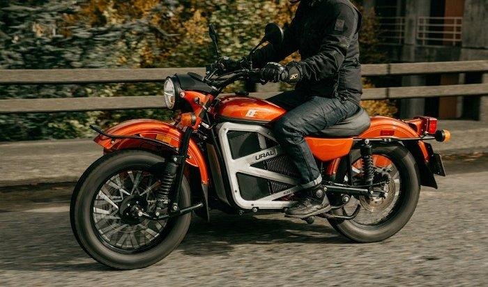 Ирбитский мотоциклетный завод презентовал электрический мотоцикл «Урал» сколяской