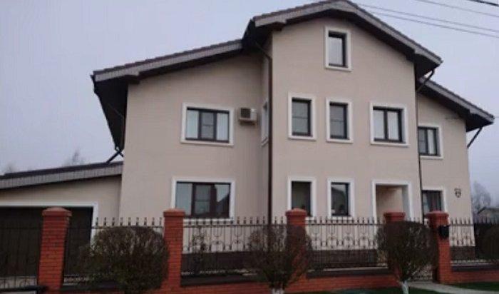 Окраже имущества на5миллионов рублей изособняка сотрудницы московской полиции сообщила ее горничная (Видео)