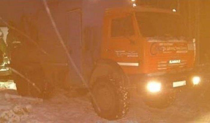 ВУсть-Илимском районе водитель КАМАЗа задавил мужчину, желающего трудоустроиться наделяну