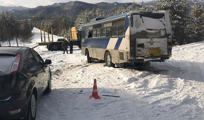 ВУсольском районе маршрутный автобус столкнулся сКАМАЗом