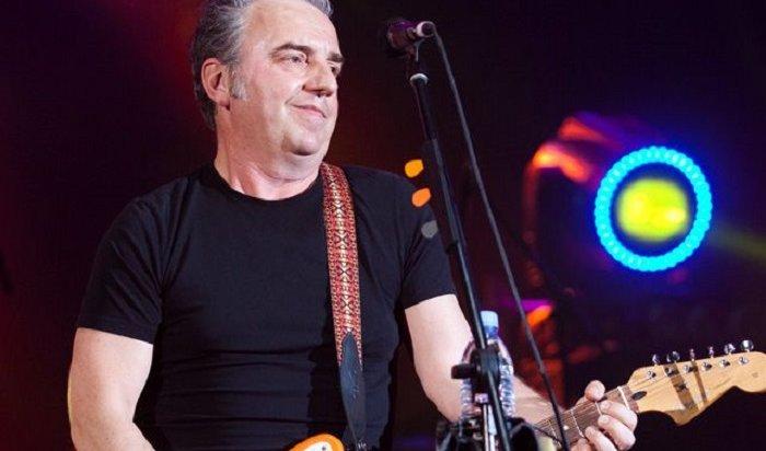 Солист рок-группы «Чайф» Владимир Шахрин назвал зал «Труда» сараем (Видео)