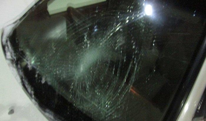 Вцентре Братска водитель Toyota Camry сбил двух пешеходов