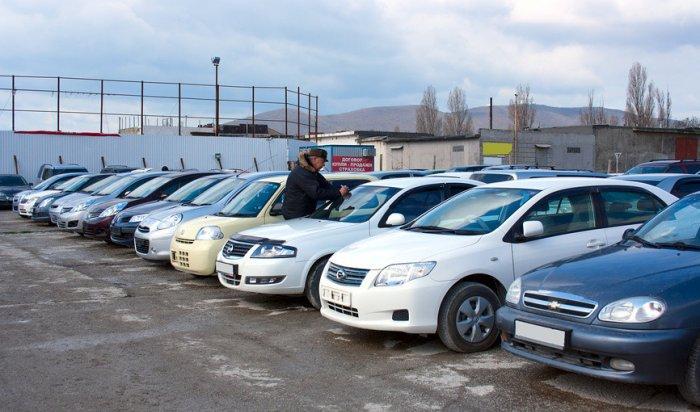 В Госдуме предложили отменить налог на автомобили старше десяти лет
