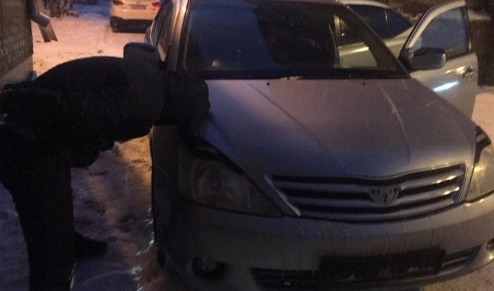 ВНово-Ленино полицейские задержали двоих борсеточников (Видео)