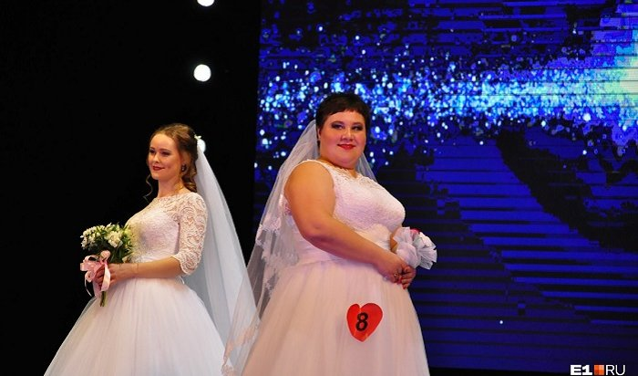 Нестандартной невесте изПервоуральска все-таки вручили приз конкурса красоты (Видео)
