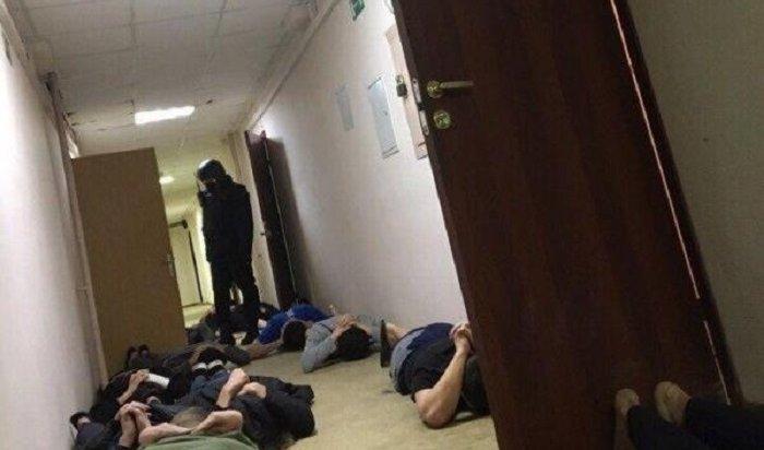 ВМоскве прошли массовые задержания вобщежитии вуза