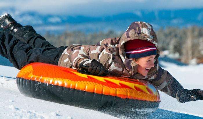 Ангарчанка отсудила утурбазы 130тысяч рублей после катания на«ватрушке» ивывиха ноги