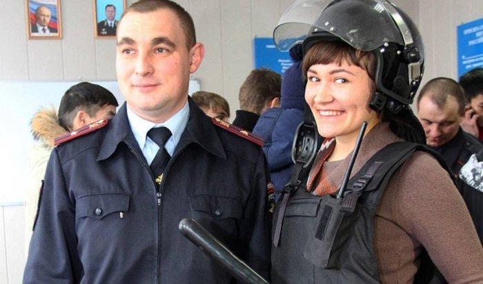 Иркутские полицейские приглашают студентов настажировку
