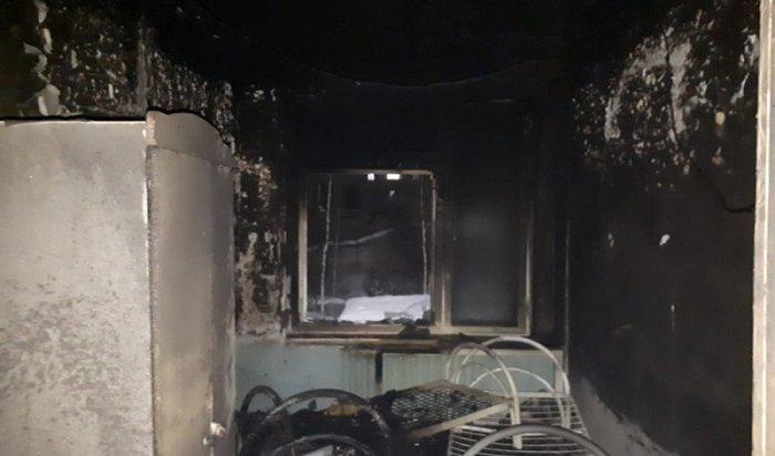 ВУсть-Илимске горел центр социальной помощи семьи идетям (Видео)