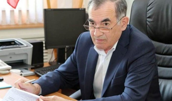 Мэр Усть-Илимска подал вотставку