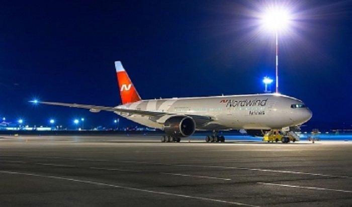 Пассажиры задержанного из-за поломки двигателя самолета вылетели изИркутска наПхукет