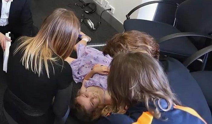 Российские школьники падают вголодные обмороки