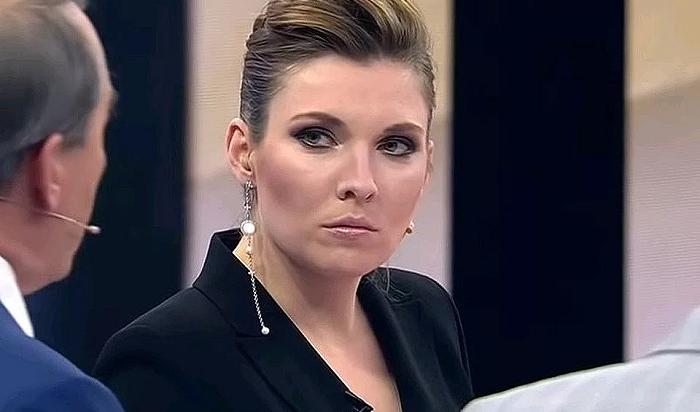 Украинский депутат толкнул российскую журналистку Скабееву вПАСЕ (Видео)