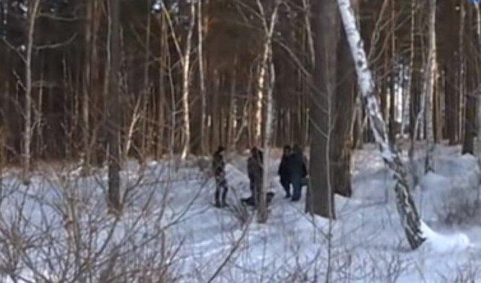 Учителя собирают деньги напохороны парня, убитого подростками вЗеленом