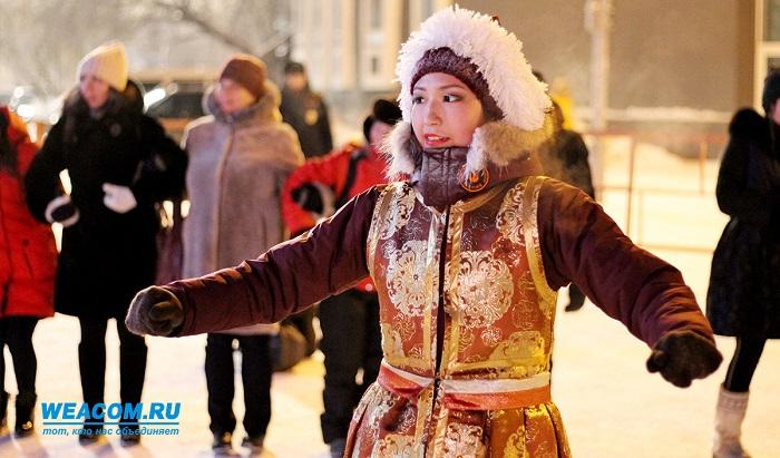 ВИркутске встретили Сагаалган массовым ёхором (Фоторепортаж)