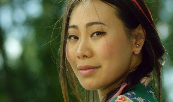 Актриса ипевица ЯнГэ: «Азиаты сейчас вмоде»