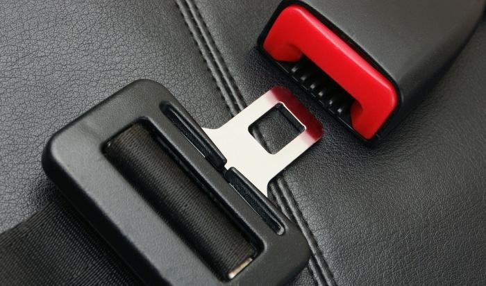 ВПриангарье проходят сплошные проверки водителей ипассажиров напользование ремнями безопасности