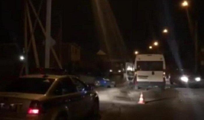 Три женщины пострадали вДТП смаршруткой №27наулице Шевцова (Видео)