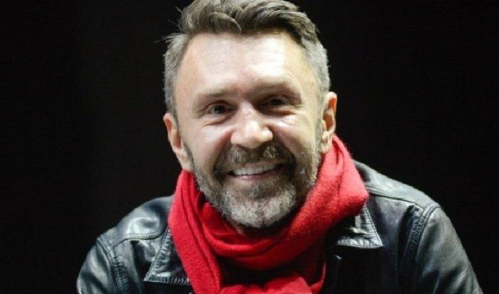 Шнуров посмеялся над тратами мужчин на 8 марта
