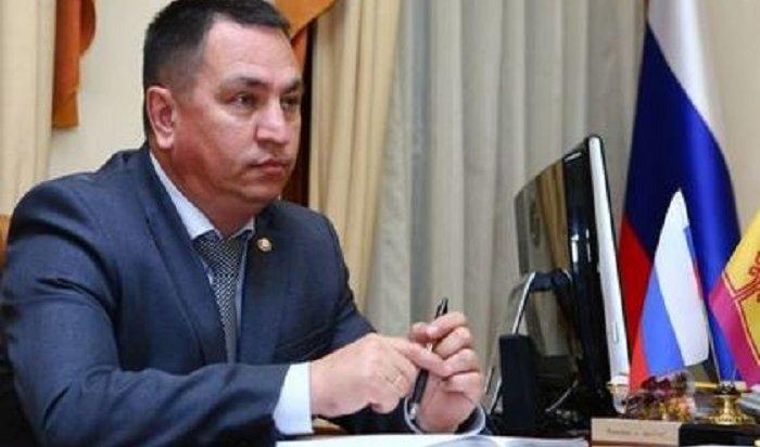 Руководитель администрации Чувашии обвинил бюджетников влени