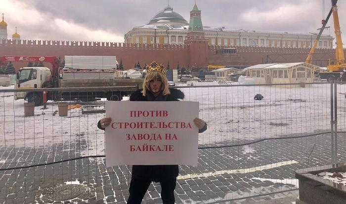 Сергея Зверева вызвали вполицию запикет взащиту Байкала