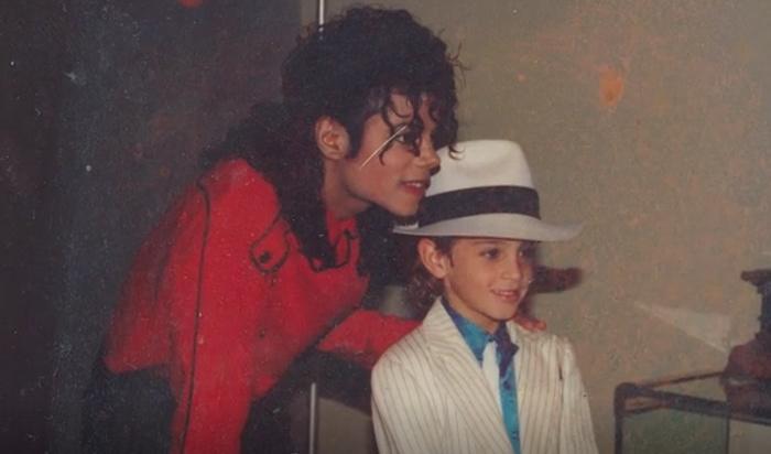 Первый канал снял c показа фильм опедофилии Майкла Джексона