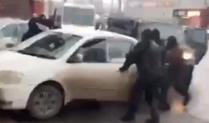 ВИркутске задержали похитителей девушки изОёка (Видео)