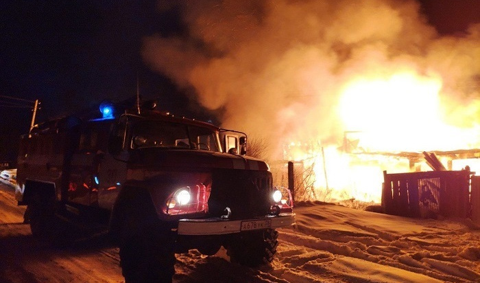 Трое мужчин погибли напожаре вТайшетском районе