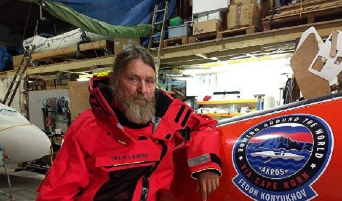 Путешественник Федор Конюхов пережил 12-балльный шторм вТихом океане навесельной лодке