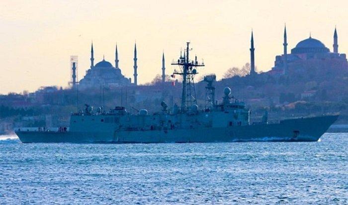 Вакваторию Черного моря вошли корабли НАТО (Видео)