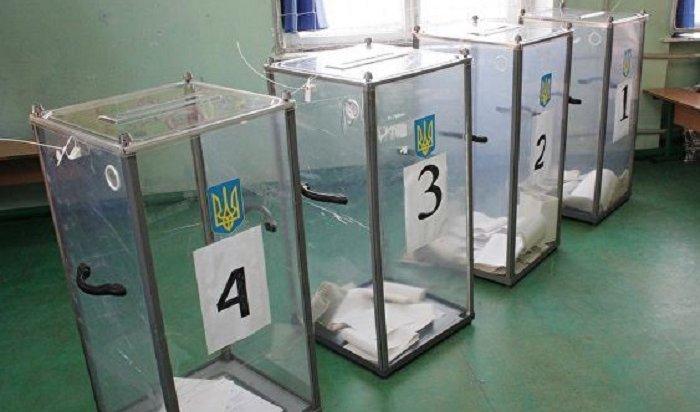 Шоумен Зеленский лидирует навыборах президента Украины