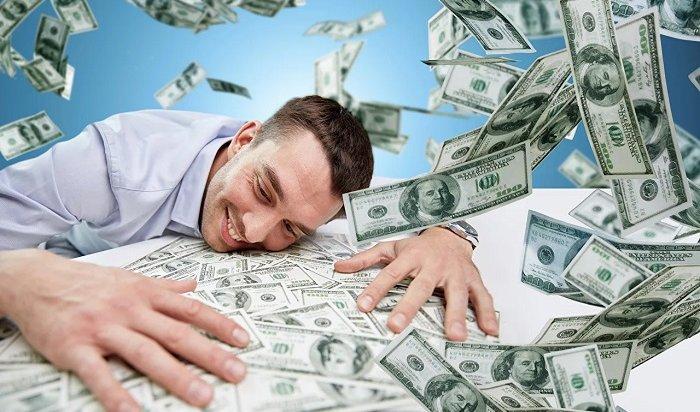 ВИркутске директору мебельной фирмы дали срок заприсвоение денег клиентов