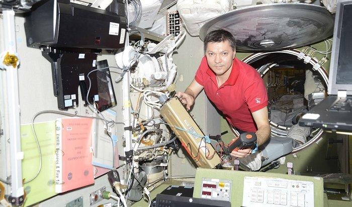 Космонавт Олег Кононенко сфотографировал ночные Иркутск иАнгарск