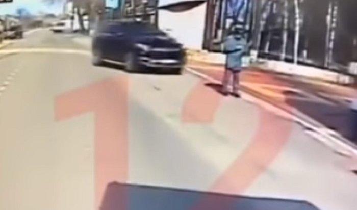 ВВоронеже мажор наMerсedes намеренно сбил курсанта института МЧС (Видео)