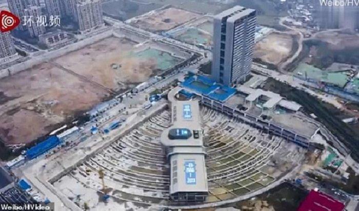 Китайцы переместили вокзал весом 30тысяч тонн (Видео)