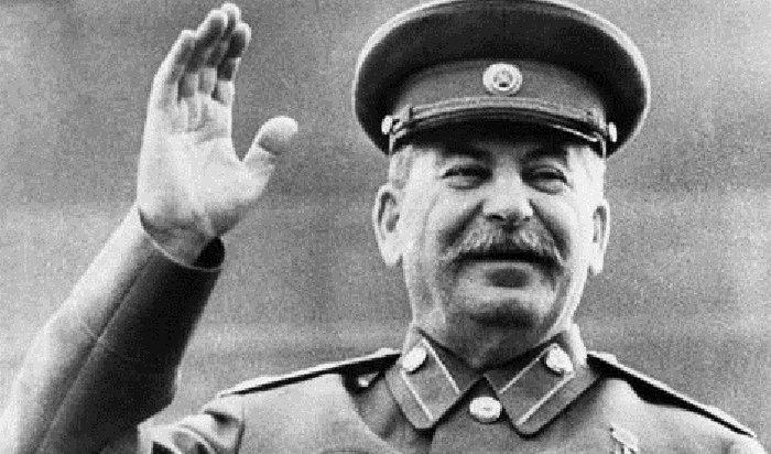 Роль Сталина положительно оценило большинство россиян впервые вXXI веке