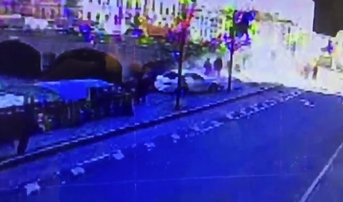 ВСанкт-Петербурге BMW сбил шестерых пешеходов (Видео)