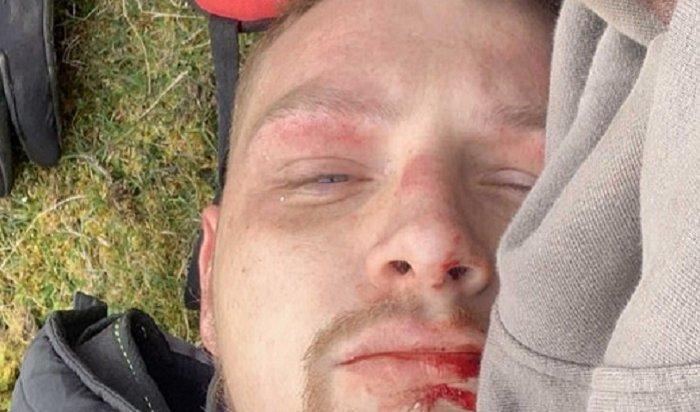 Британский мотогонщик выжил после падения с15-метровой скалы (Видео)