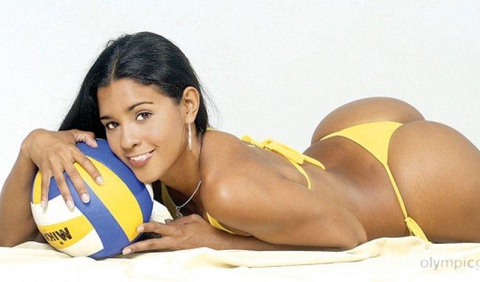 Двукратная олимпийская чемпионка из Бразилии упала вобморок вовремя интервью (Видео)