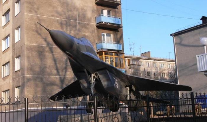 Торжественное построение, посвященное 88-летию ИВВАИУ, прошло вИркутске