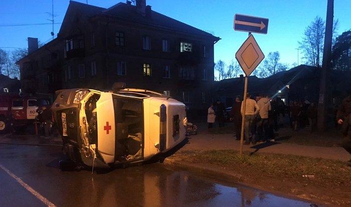 Пожилая пациентка, которую везли вмашине скорой помощи, погибла вДТП вАнгарске