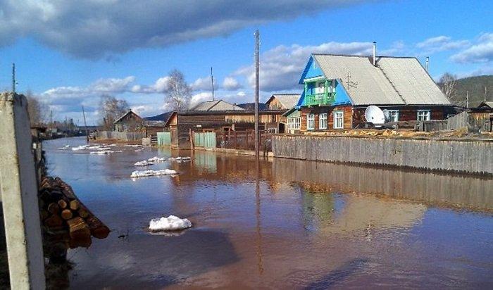 53жилых дома подтопило вселе Преображенка из-за ледового затора